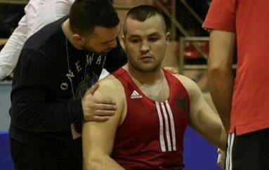 Laçi fiton ndaj medalistit olimpik