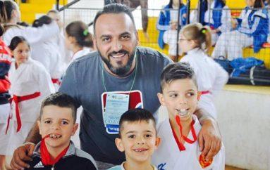 Tre vëllezër karateist që pritet shumë në të ardhmen