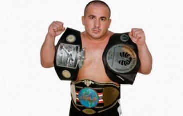 Ekskluzive: Agim Abdullahu do lufton për titull bote në MMA