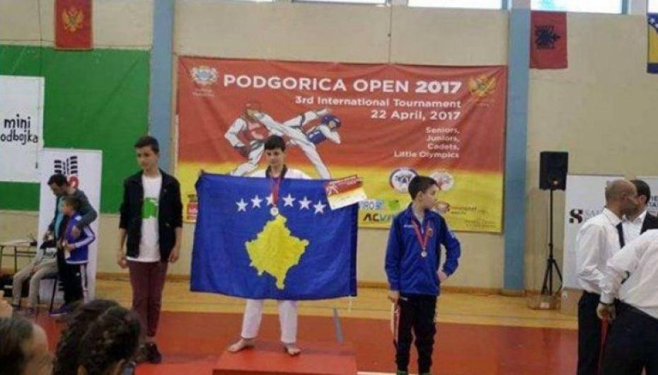Kosova fiton medalje të artë në Turneun Ndërkombëtar të Teakwondos