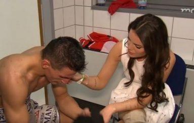 Robin Krasniqi ngushëllohet nga e fejuara e tij (Video)