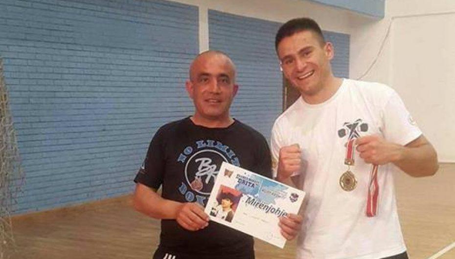 Lulzim Ismaili fiton në Kosovë
