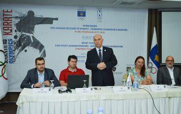Fillon kursi bazik për administratorët e sportit për Federatën e Karatesë e Kosovës