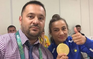 Trajneri i Majlinda Kelmendit: Solidaritet, paqe e tolerancë…