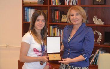 Blerina Seferi iu gëzua lajmit për ndërtimin e palestrës në Shipkovicë