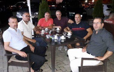 Pas 20 viteve takohen boksierët e Lirisë