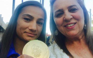 Dumoshi: Majlinda Kelmendi do të pritet si fituese!