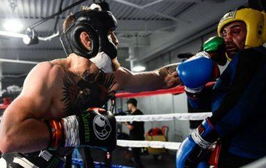 Ish kampioni i botës në boks i kërkon duel Conor McGregorit