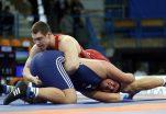 Video shokuese / Banda kriminale vret kampionin rus të mundjes së lirë
