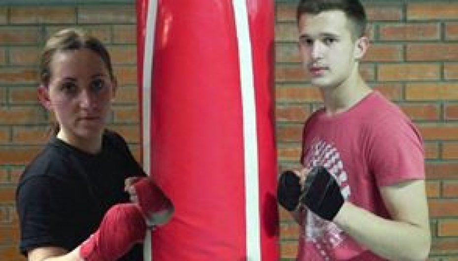 Bleron Luzha dhe Mirlinda Toshi përfaqësojnë Kosovën në Kampionatin Evropian të Kickboxit