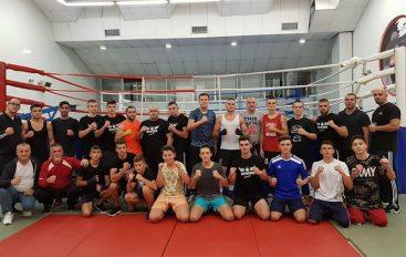 Trajneri i reprezentacionit, Faton Salihu mbledh boksierët shqiptar para kampionatit ekipor