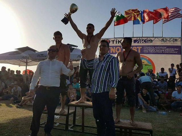 Triumfon mundësi turk në  Tradita Vazhdon  Studeniçan