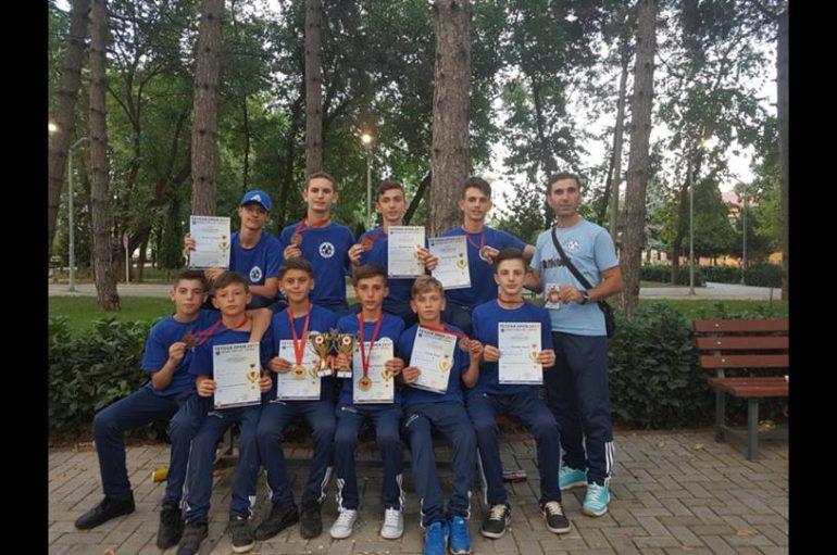 """""""Rinia"""" me 8-të medalje nga Tetova"""