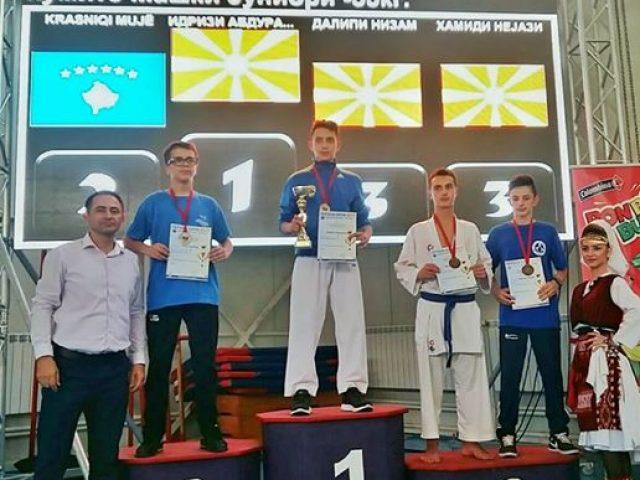 Idrizi e Ramadani kampion në  Tetova Open
