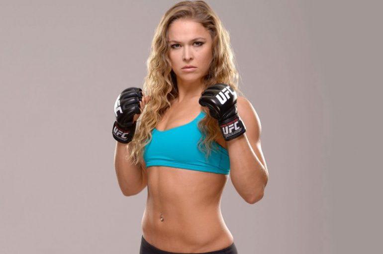 Ronda Rousey, në nëntor debutimi në WWE ndaj Charlotte Flair