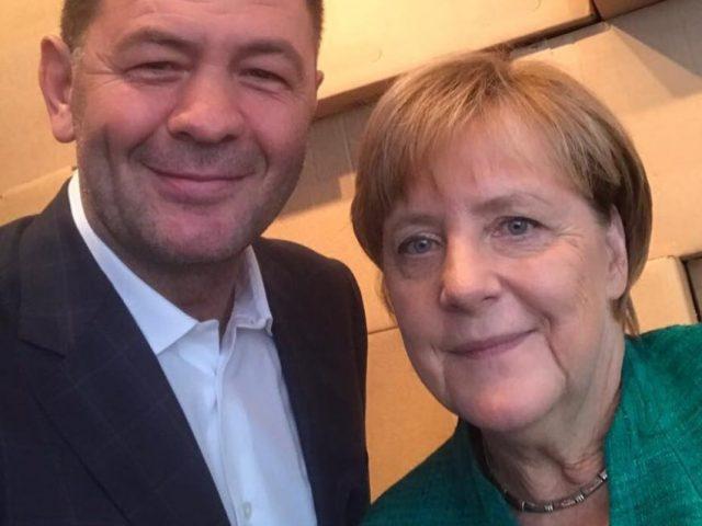 Luan Krasniqi tregon se çfarë i shprehu kancelares Merkel për Kosovën