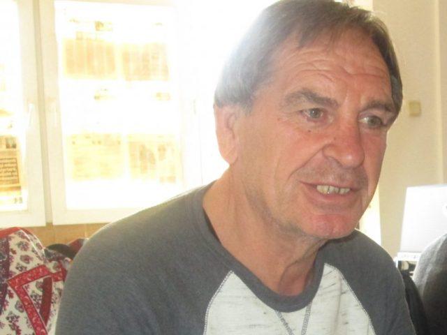Aziz Salihu humb durimin  Mehmet shko në penzion