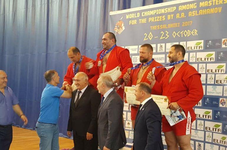 Erdal Fakiq i bronztë në botërorin Masters në Selanik