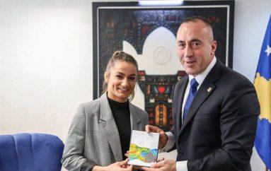 Haradinaj takon Majlinda Kelmendin dhe trajnerët Driton dhe Agron Kuka