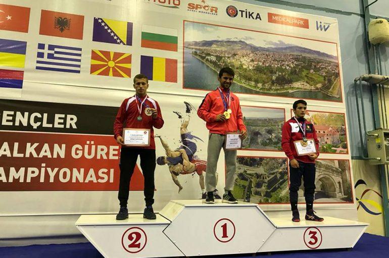 Edhe Minir Rexhepi me medalje te argjendte ne Kampionatin Ballkanik