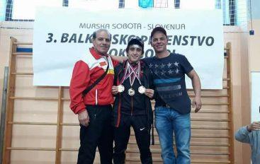 Salihasi kthehet me tre medalje nga Kampionati Ballkanik !