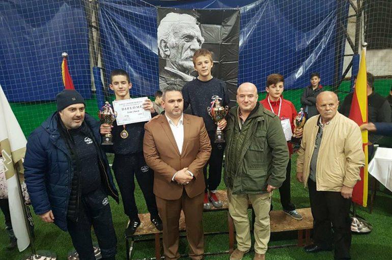 Besir Alili fitues i edicionit te katert te turneut 'Mentaz Allajbegu'