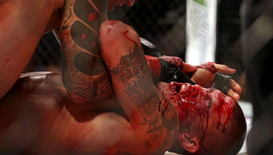 Gjak dhe spektakël në eventin kryesor të UFC