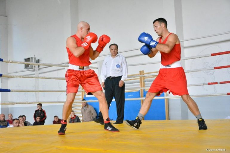 """Kosova me tetë boksierë në turneun """"Adem Jashari"""""""