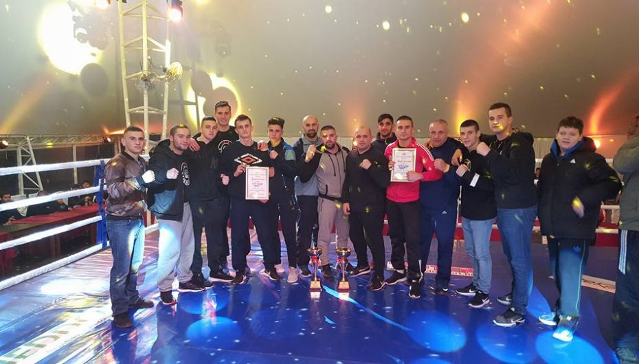Klubi i boksit 'Çair' shenon histori. KAMPION NE DY KONKURENCAT