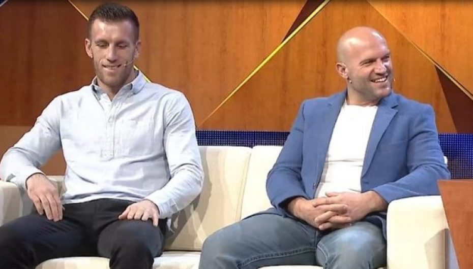 Kampionët e boksit shqiptarë rrëfejnë sherrin e çmendur për titullin në Gjermani