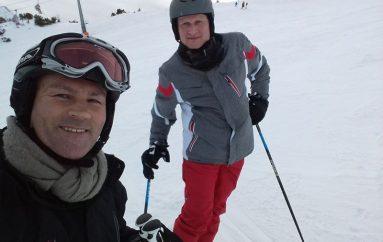 Kampioni në ring, kampion edhe në ski