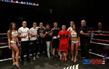 Ky është boksieri nga Kosova që garon për Çekinë dhe vesh simbolet kuq e zi