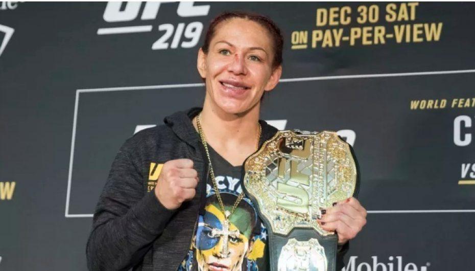 UFC, kampionia e botës nis procedurat për adoptimin e një vajze