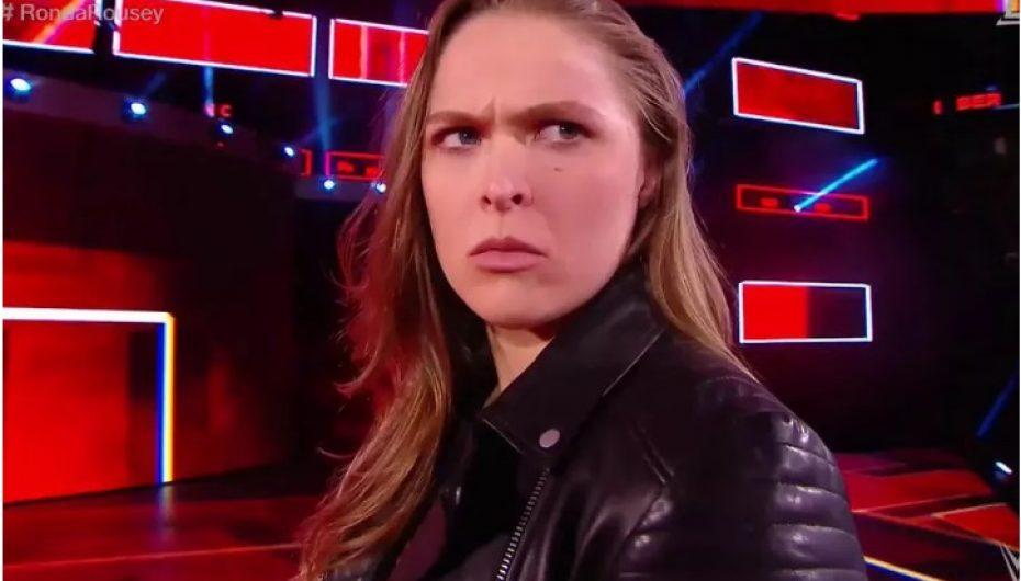 """Rousey firmos kontratën me WWE dhe hedh """"Triple H"""" në tapet"""