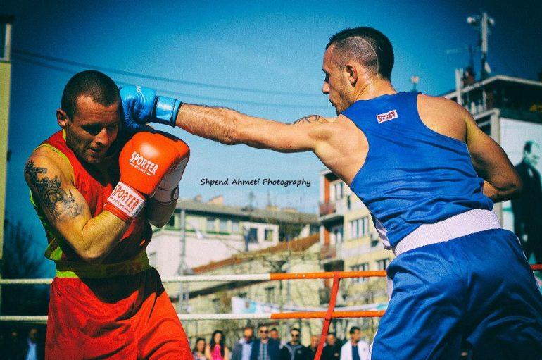 Albi Sorra nënshkruan zyrtarisht në boksin profesionist.