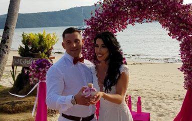Senad Gashi i jep fund beqarisë, martohet në Tailandë