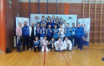 Karateistët shqiptarë nga Maqedonia tregojnë suksese në Kroaci