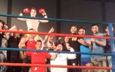 Team Isteri tregon fuqinë në Bari