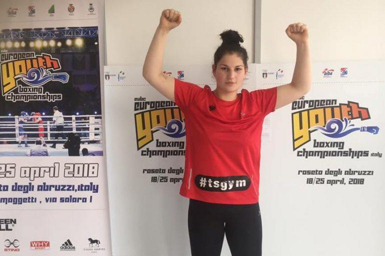 Elsidita Selaj shkruan historinë, një boksiere femër në finalet e Europianit U-18