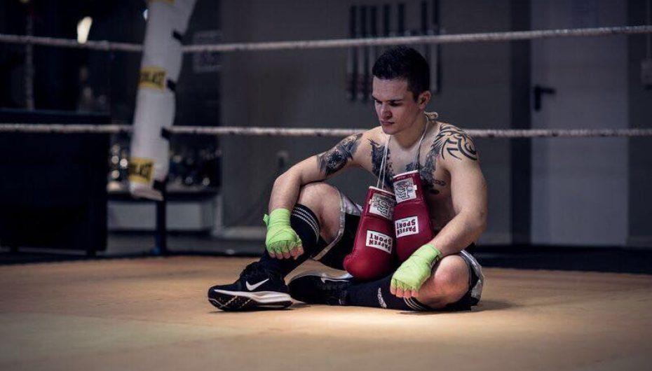 Adrian Maliqi rikthehet në ring kundër serbit, Knazeviç