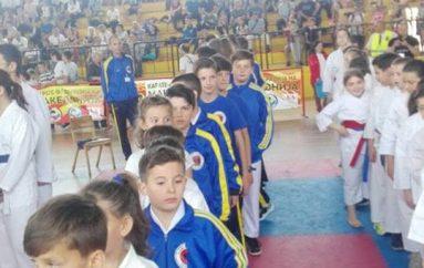 """KK Kushtrimi fiton 9 medalje në """"Solidarnost Open"""""""