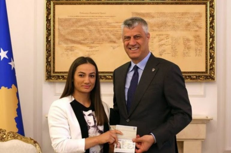 Pasaportë diplomatike për Majlinda Kelmendin