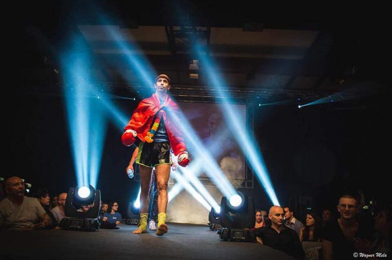 Kampioni i Evropës, Ervis Bici paralajmëron spektakël në Gjirin e Lazit