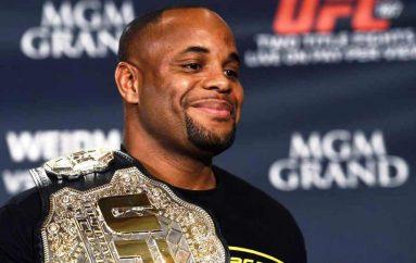 Cormier: Mund Miocic dhe bëhem sportisti më i madh i UFC-së