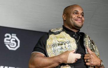 Ilir Latifi fton kampionin e dyfishtë të botës në duel për titull
