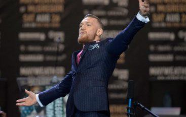 """Konferenca e shtypit mes McGregor e Khabib """"live"""" në ekranet e Times Square"""