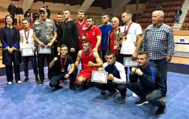 Vllaznia kampione e Shqipërisë në boks për të 22-tën herë