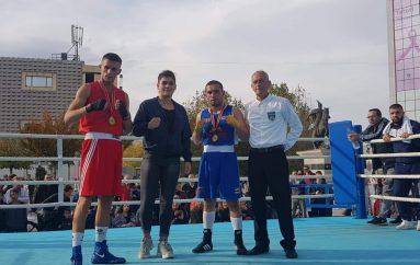 """Alim Nasufi """"boksieri më luftarak"""" në Prishtinë"""