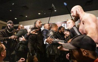 Wilder dhe Fury shkaktojnë kaos në konferencën e fundit