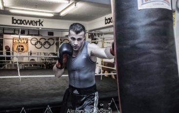 """Armand Culhaj kundër Simeunoviç në eventin """"Final Fight"""" në Tiranë"""